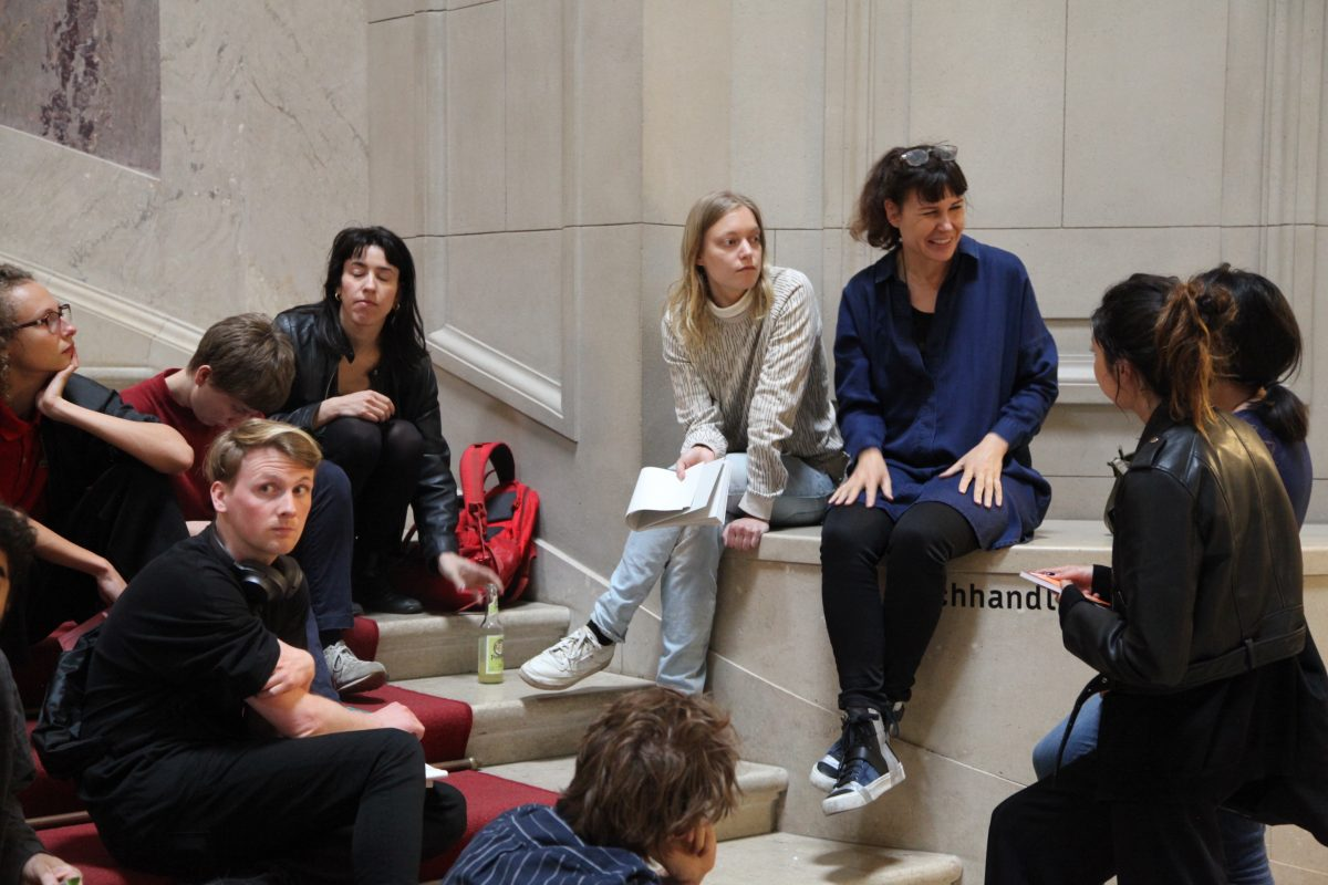 Workshop about spontaneous, artistic interventions in the exhibition Beyond Compare; Art from Africa, BodeMuseum, Berlin
