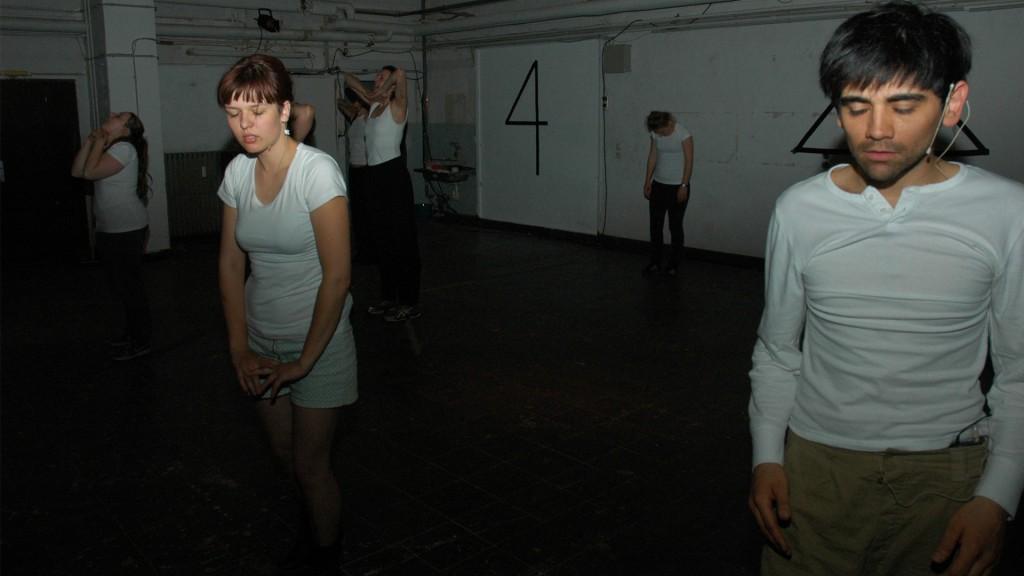 Paula Mierzowsky, Bittersweet Devotion, Generalprobe, 2013
