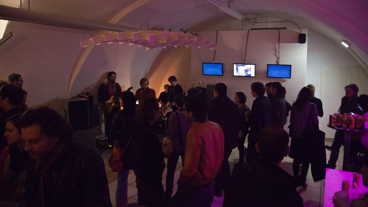 Zurück in die Zukunft, Ausstellungseröffnung in Linz, 2013