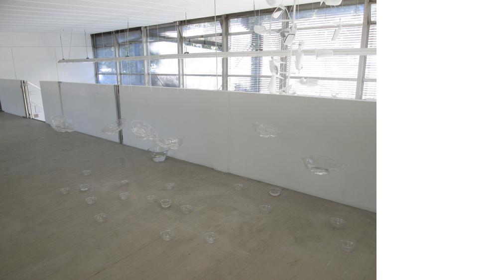 1 Wenti Sheng, Installation, Folie, Glas, Wasser, 2013