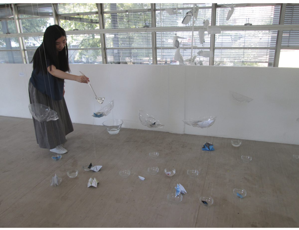 2 Wenti Sheng,Installation, Folie, Glas, Wasser, 2013