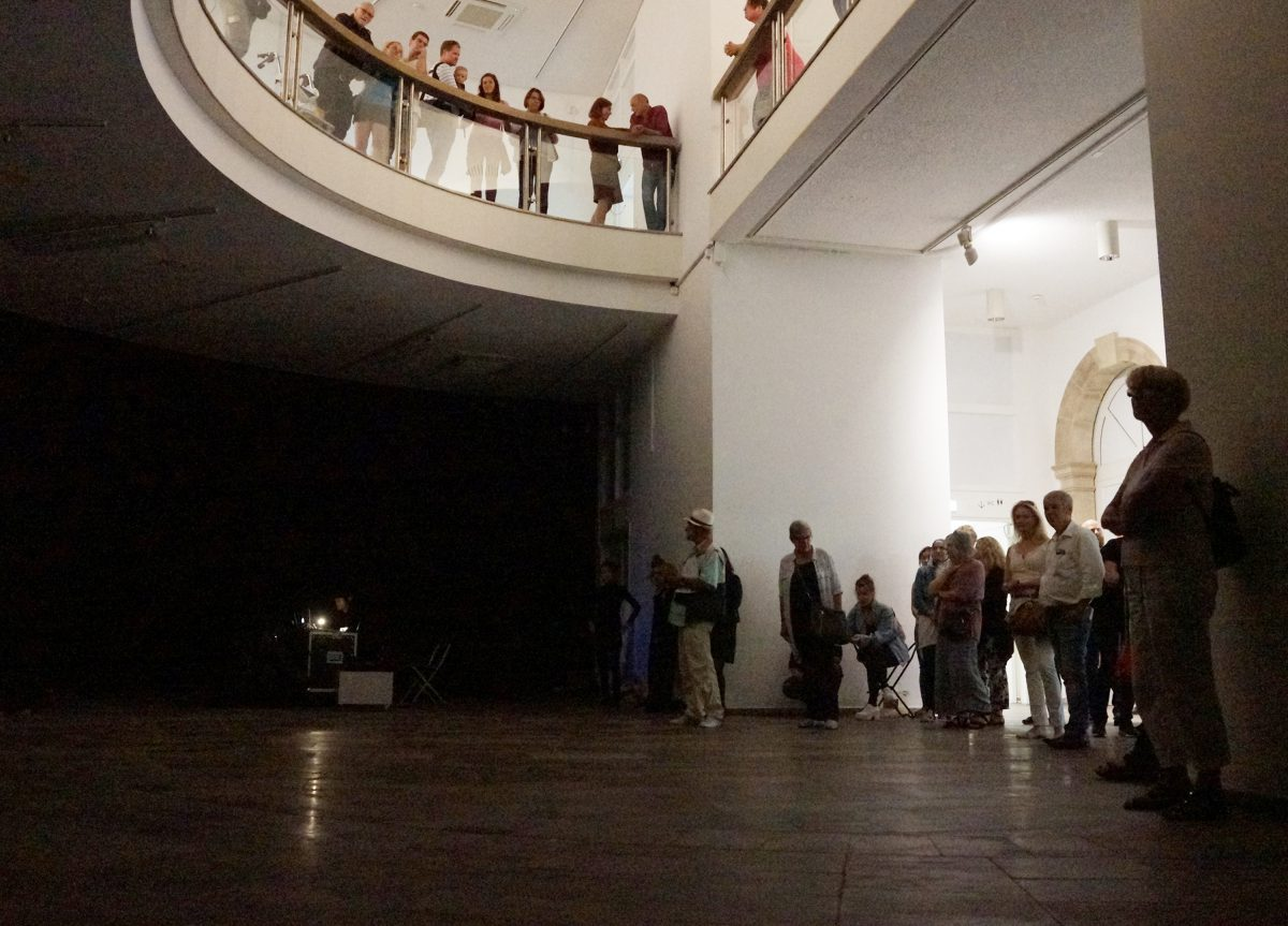 Klopfen, Fridericianum, Kasseler Museumsnacht 2016